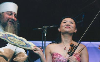 """Мировая звезда Цянь Чжоу со скрипкой Гваданини на """"Острове классики"""""""